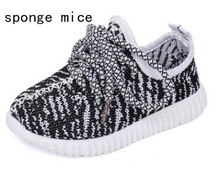2017 sponge mice brand children boys and girls breathable  LED light shoes casual shoes(China)