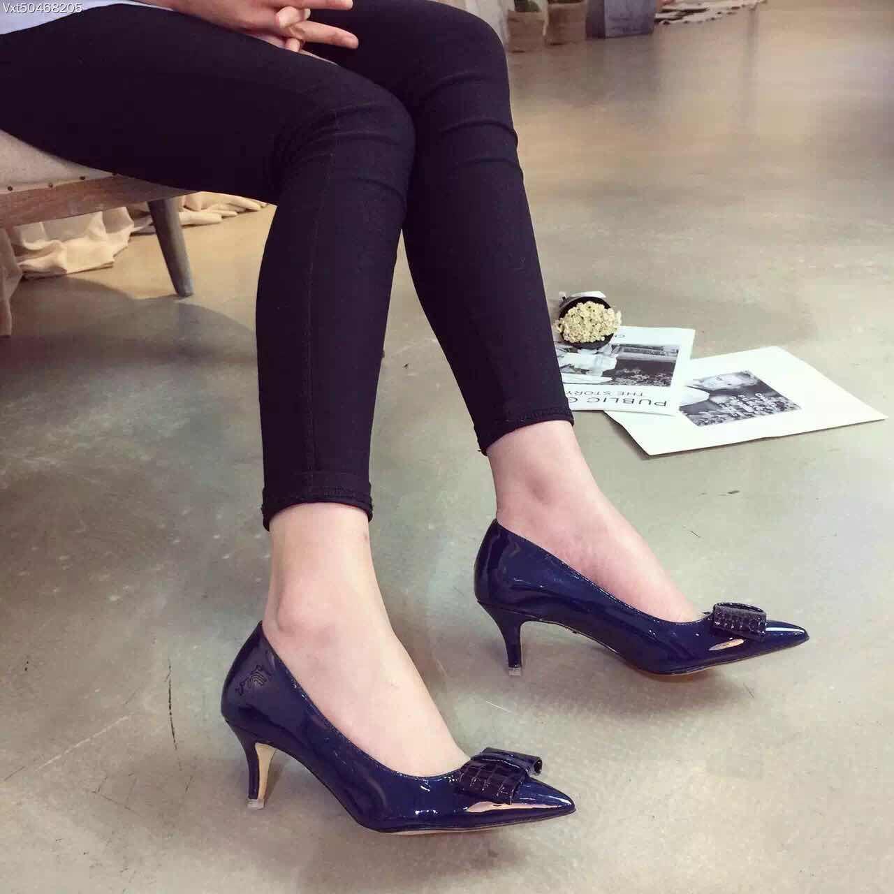 купить серые туфли женские в интернет магазине