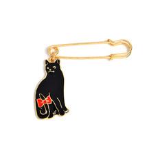 QIHE QH-perni di GIOIELLI Gatto Bianco nero bow Cat pin Carino brooch animale Gatto amante gioielli Cat lover regali di Gioielli per donne(China)