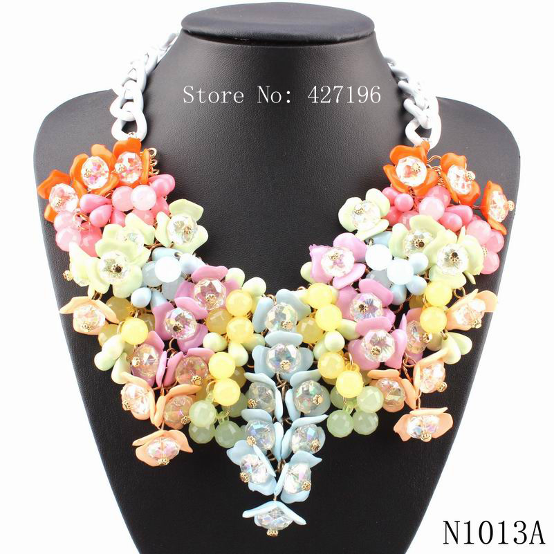 2016 fashionable new design necklaces flower shaped pendant necklaces black alloy chain chunky acrylic necklace women jewelry(China (Mainland))