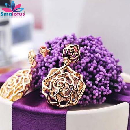 Fashion Jewelry Gilded Stereoscopic Pierced Flower Drop Earrings Built Dazzling Zircon Romantic Rose Earrings For Women(China (Mainland))