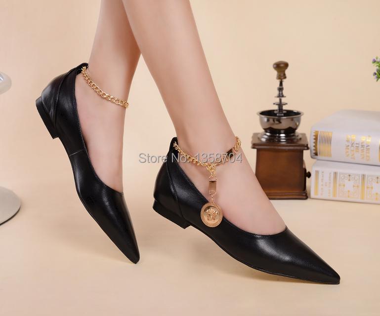 Women shoes 2014 autumn shoes pointed metal chain fashion women casual shoes comfortable flats shoes fashion sweet princess(China (Mainland))