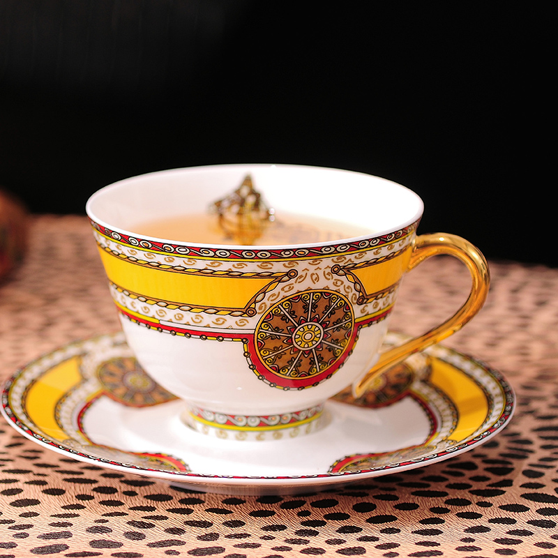 Free shipping, Fashion bone china coffee cup and saucer set red gold thin porcelain quality luxury 2 cups&2 dishes/lot(China (Mainland))