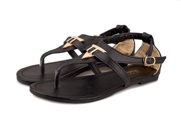New Vintage Summer Flat Sandals Triangle Metal Women's Shoes Belt Clip Flip-flop Shoes Black White US 6-9 XWZ1203(China (Mainland))