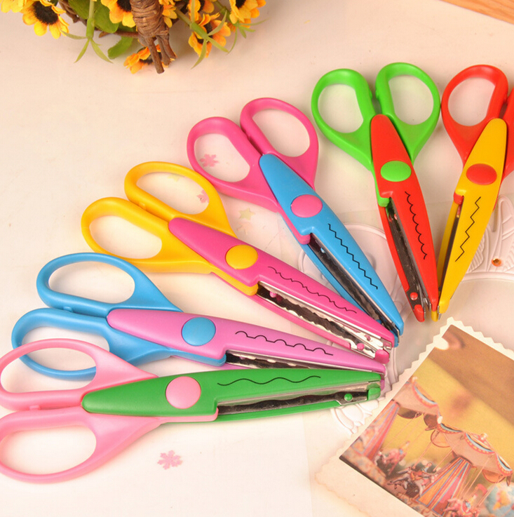 6 inches Kids Laciness Scissors for DIY Tool Photo Album Handmade Card Photo Diary Decorative Laciness Scissors(China (Mainland))