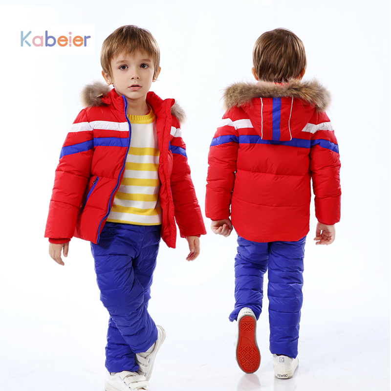 Read more about Kids (Ages ) + Kids Ski Clothes & Kids Outerwear Kids winter outerwear includes the following: boys and girls ski or snowboard jackets, boys and girls pants, gloves, hats, scarves, socks, boots, hand and feet warmers, layering tops and bottoms, and fleece or hooded jackets.
