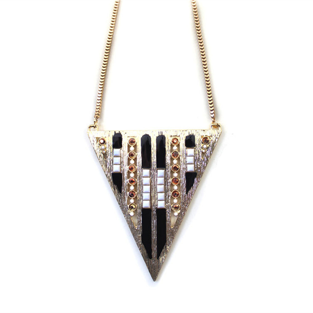 EuropeUnitedStates foreign trade jewelry wholesale triangle object different region amorous feelings Long necklace sweater chain(China (Mainland))