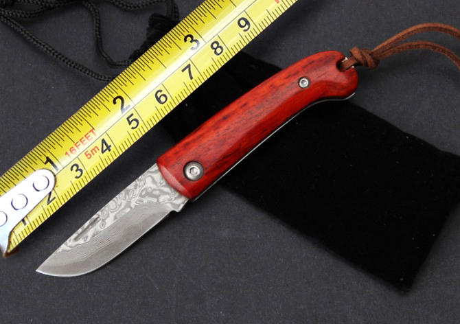 Damascus Collection Pocket Knives,Sandalwood Handle Outdoor Survival Knife,Rescue Knife.(China (Mainland))