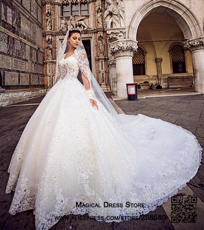 A variety of dresses: Designer wedding dresses 2016