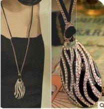 Vintage Europe Charms Luxury Rhinestone White Plug black Zebra Long Sweater Necklace Wholesale 12pcs D13R14(China (Mainland))