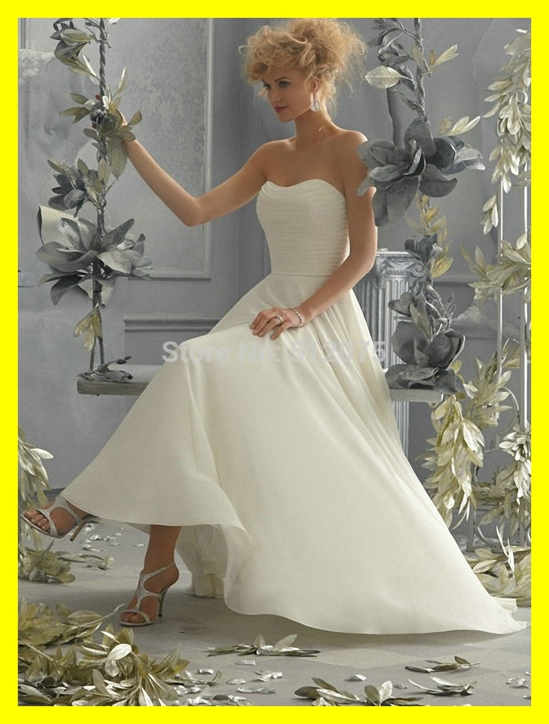 Long sleeve wedding dress flowy dresses selfridges amsale for Flowy wedding dress with sleeves