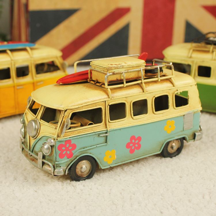 Creative Home Decoration,Handicrafts Bus, wrought iron handicrafts iron retro home European craft bus classic buses.(China (Mainland))