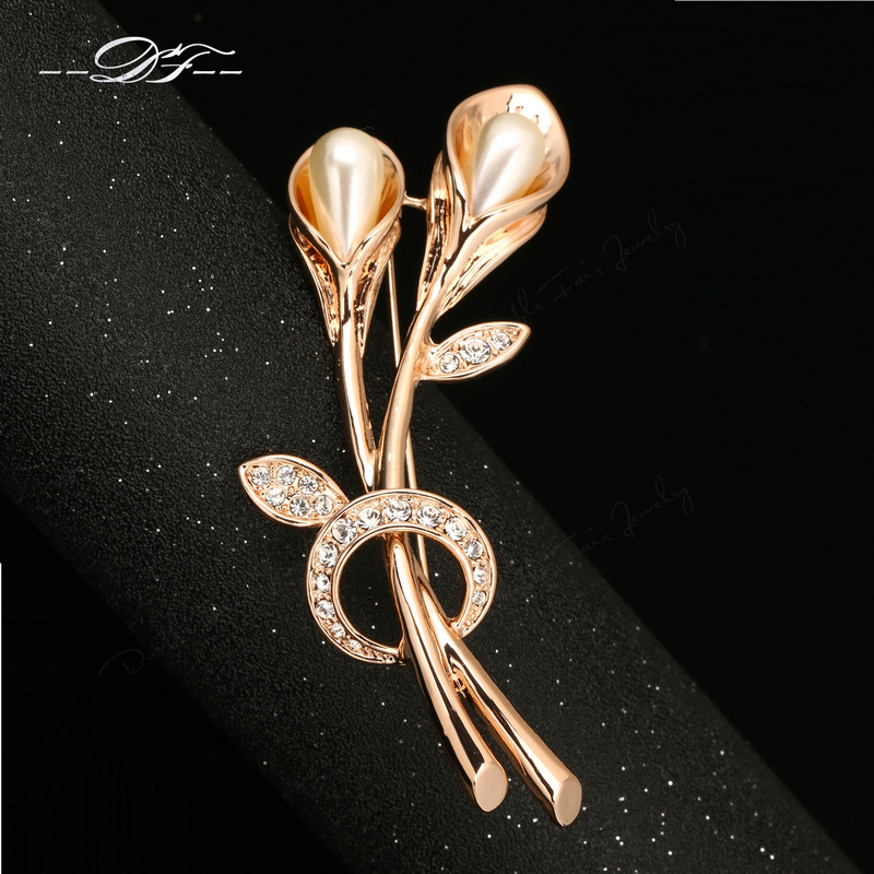 DFX023 Simulated Pearl Beads Flower Rose Gold Plated Vintage Pins and Brooches Bouquet Crystal Wedding Retro Jewelry For Women(China (Mainland))