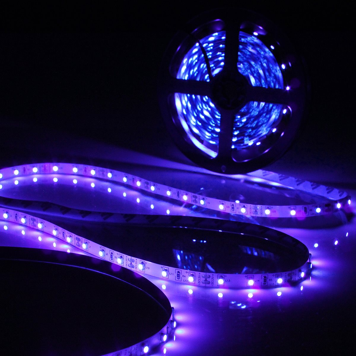 Excellent Quality 0.5/1/2/3/4/5M 3528 SMD 60LED/M UV Ultraviolet Purple LED Strip Lamp Black Light Non Waterproof IP20 DC12V(China (Mainland))