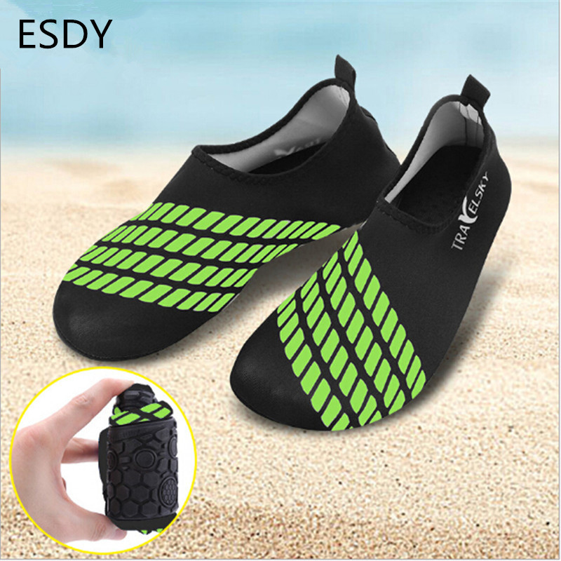 Men Elastic and comfortable Sports Socks Light Cosy Beach Yoga Aqua Water Skin Solid Rubber Workout Gym Water Shoes(China (Mainland))