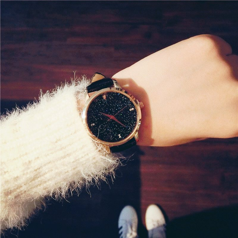 New Design Star Dial Ladies dress Watches Luxury Women's Fashion Casual Party Watch Women High Quality Black Quartz Famale Clock(China (Mainland))