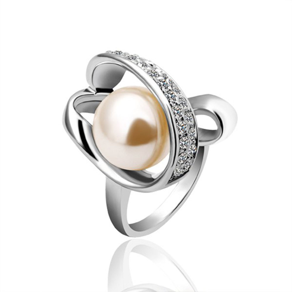 Hot Sale New Fashion White Gold Trendy Brilliant Chic Delicate Style Glitter Alloy Venetian Pearl Crystal Ring For Women 1104187(China (Mainland))