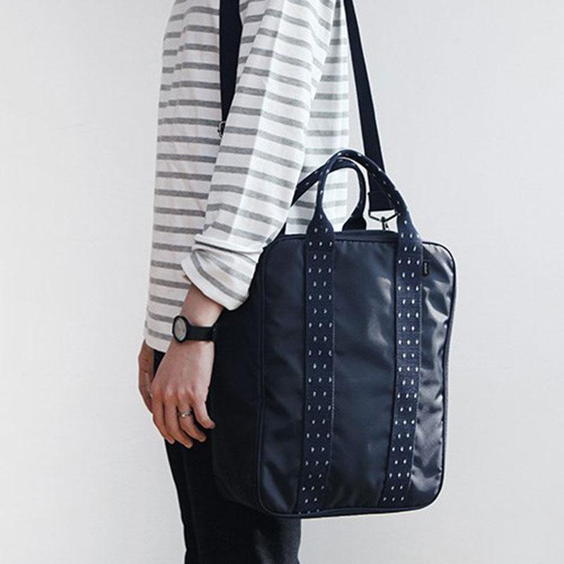 Waterproof Black Nylon Zipper Garment Bag With Hanger Clamp Lightweight Suit Bag Durable Men Travel Bags For Travel(China (Mainland))