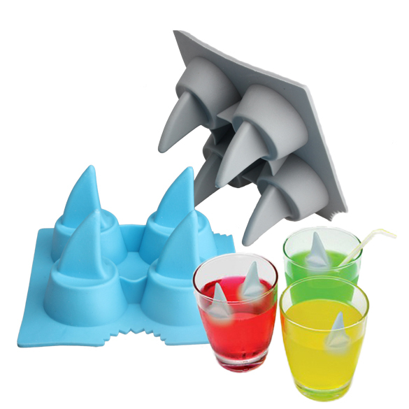 Drink Ice Tray Cool Shark Fin Shape Ice Cube Freeze Mold Ice Maker Mould(China (Mainland))
