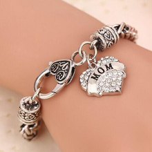 2016 New Charm Crystal Heart Bracelet love Mom Mother's Day Gift Bracelets Bangle(China (Mainland))