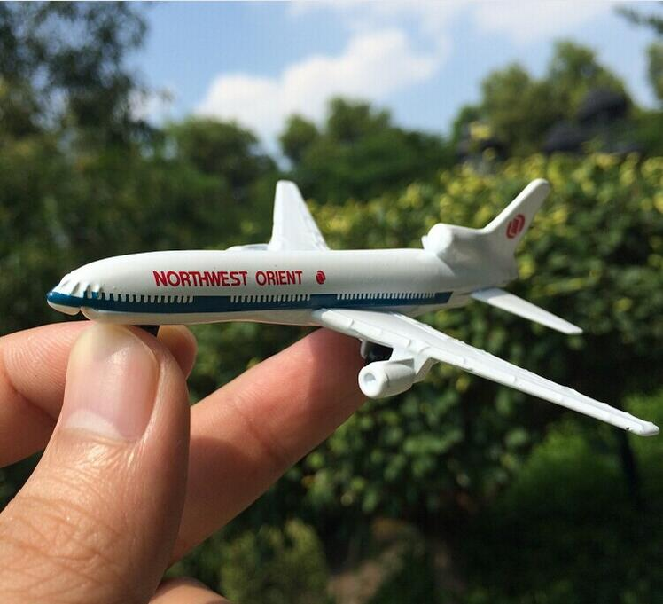 Alloy model plane royal Dutch airlines F806 model plane toy children's favorite gift(China (Mainland))