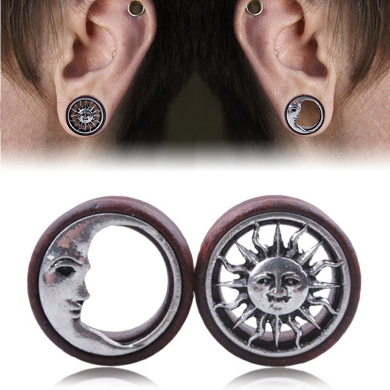 1Pair Fashion Wooden Hollow Sun & Moon Ear Plugs Gauges Saddle Flesh Tunnel Ear Piercing Expander Women Body Jewelry 8mm-20mm(China (Mainland))