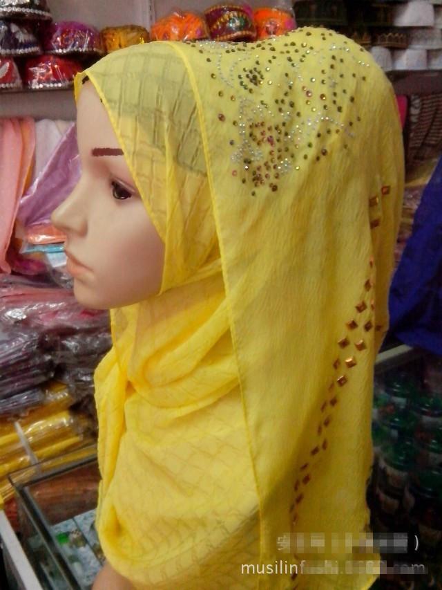 2015 Hot Sale Muslim Clothing Accessory Elegant Ladies Islamic Fashion Long Rhinestone Hijab Scarf Muslim Headscarf for Women Одежда и ак�е��уары<br><br><br>Aliexpress
