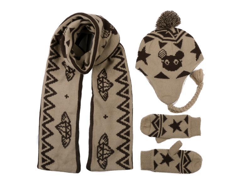 CIVICHIC Fashion Winter Mickey Warm Knit Scarf Hat Gloves 3 Piece Set Thicken Pompon Beanies Lovely Shawl Cute Headwear SH126