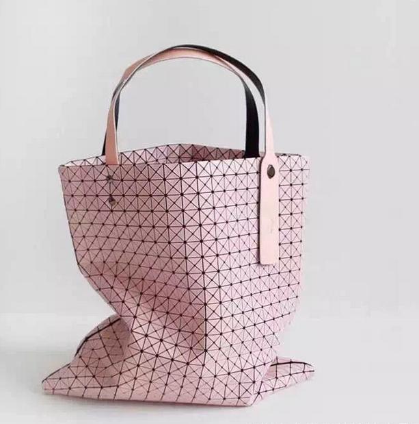 2015 New Fashion Women's Shoulder Bag Hight Quality SILICA GEL Handbag Baobao DESIGN Lattice Quilted Fold Geometric lattice  -  Guangzhou YiHe Co. store