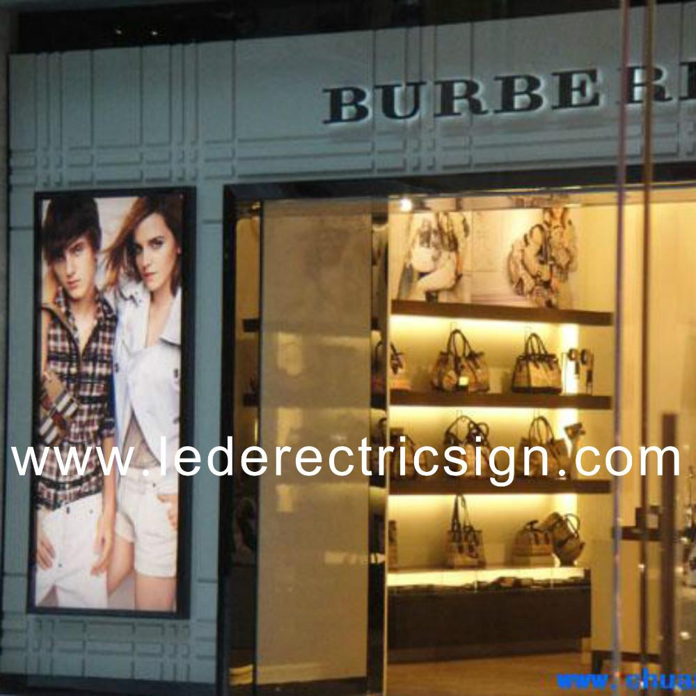 Leather bag shop window display advertising(China (Mainland))