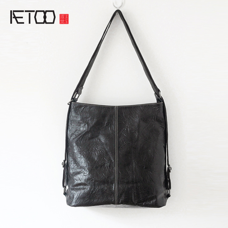 AETOO New leather handbags simple and casual hand grip pattern wrinkles head layer of leather bag soft leather ladies handbag(China (Mainland))