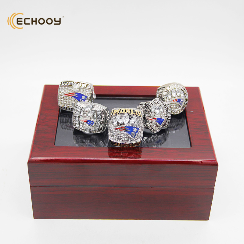 2001 2003 2004 2014 2017 New England Patriots Championship Ring set with wooden red box best gift for boyfriend and fans(China (Mainland))