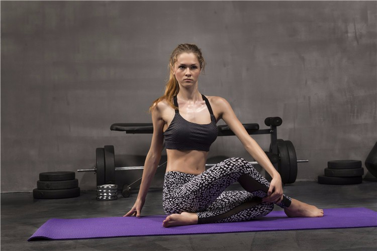 tight skinny yoga pants women 13