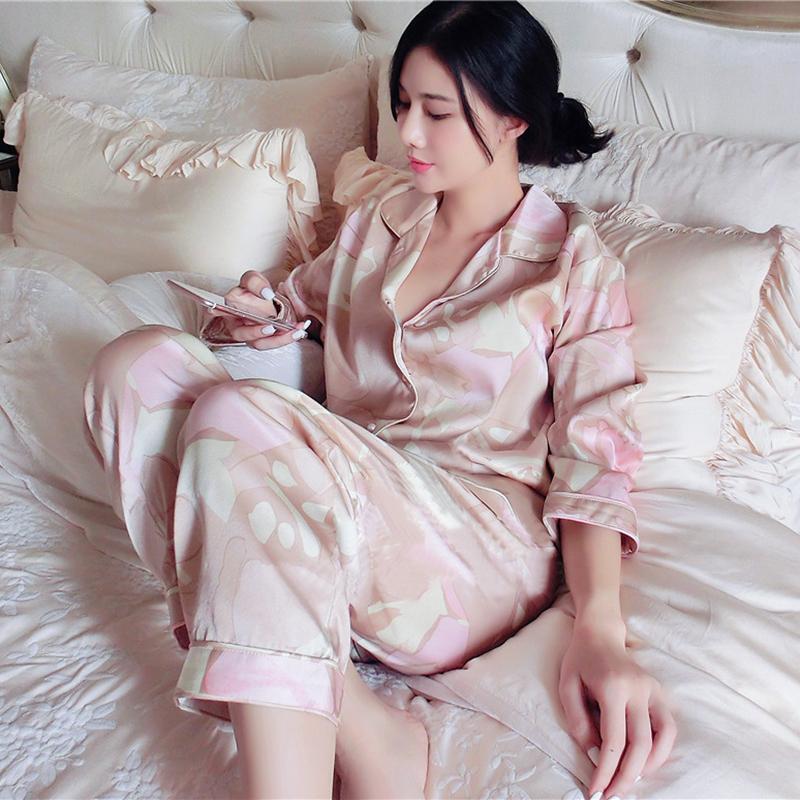 Free Shipping 2017 New Spring Women's printed pattern Pajamas Pants Set Princess Satin Sleepwear luxury pajamas suit(China (Mainland))