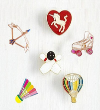Timlee X114 Badminton Bow Roller Skating Shoes Unicorn Balloon Metal Brooch Pins Button Pins Jeans Bag Decoration Gift Wholesale(China (Mainland))