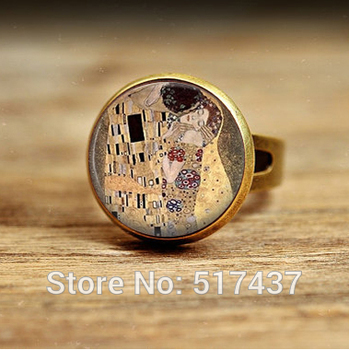 Wholesale The Kiss Klimt Cameo Glass Art Picture Ring Photo Handcrafted Glass Dome adjustable ring Jewelry