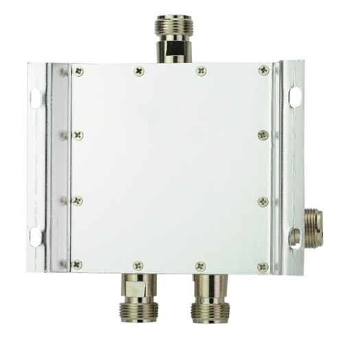 Free shipping 4 Way Power Splitter 800-2500MHz Signal Booster Divider(China (Mainland))