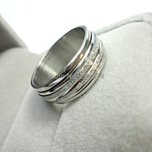 0.99$ 2015 HOT NEW Fashion top Jewelry sliver color Frosted rotation man woman Stainless steel Ring mes Rings LR052