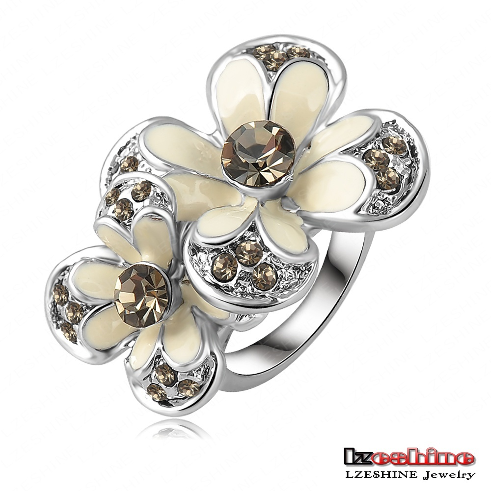 Lovely White Enamel Flower Ring Platinum Plated Oil Drip Ring With SWA Elements Austrian Crystal 29