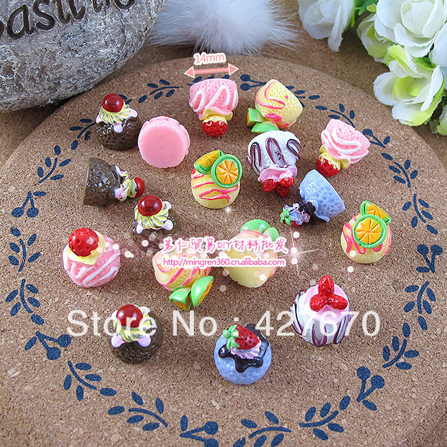 Free shipping flat back resin Strawberry cherry cupcakes 10pcs 14mm mixed kawaii cabochons for crafts DIY christmas decorations