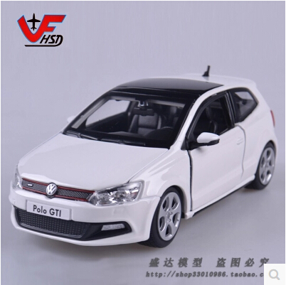 New Bburago 1:24 Volkswagen polo GTI Original simulation alloy car model Volkswagen golf Sedan Baby Toy Sports car(China (Mainland))