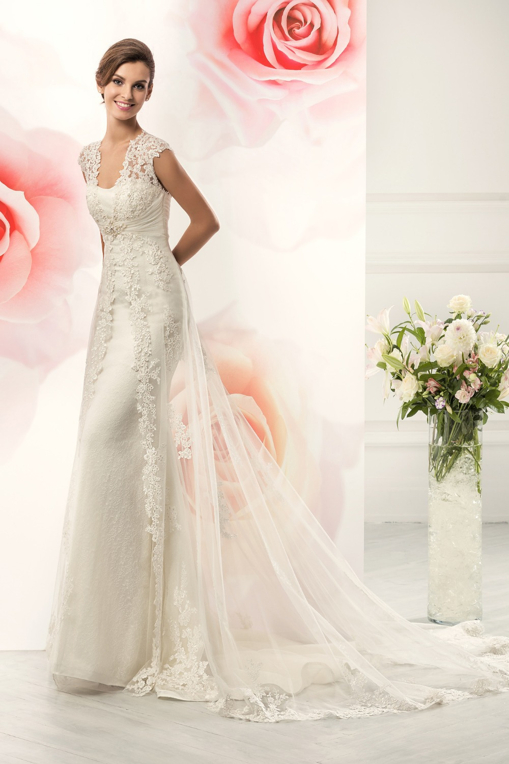 Buy custom made elegant lace wedding for Plus size sheath wedding dress