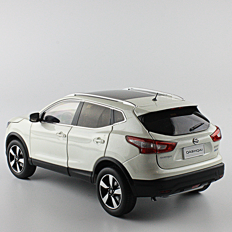 New Nissan QASHQAI origin 1:18 car model alloy white luxury SUV kids toy collection Japan discast(China (Mainland))