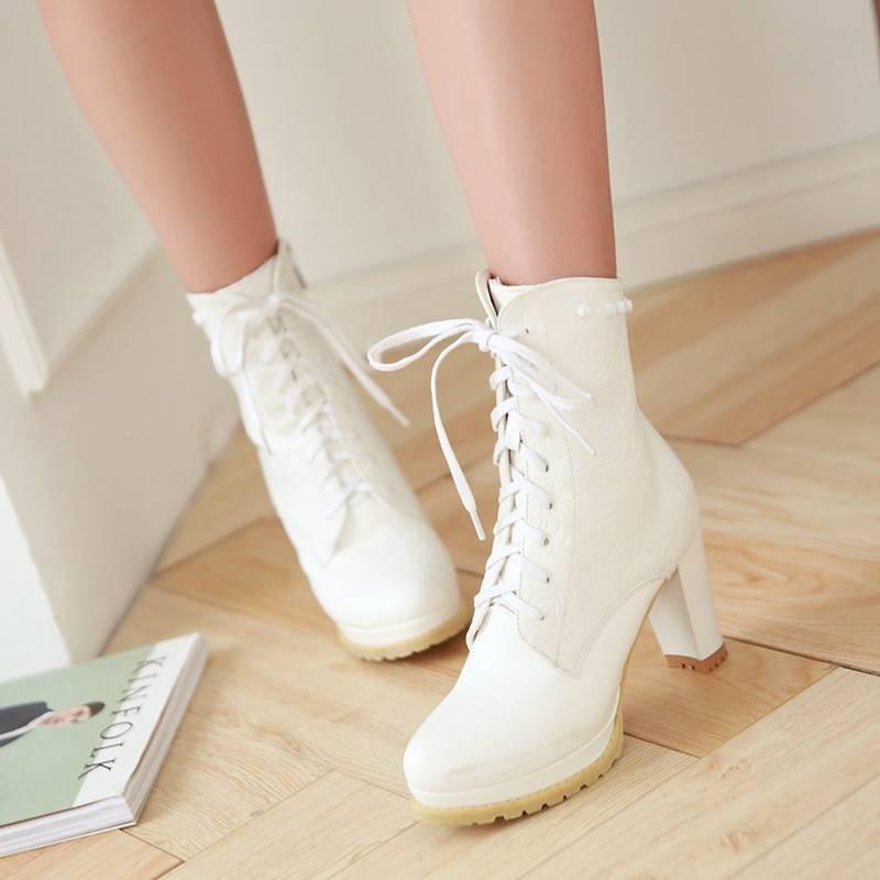 ซื้อ พลัสSize34-43 2016ใหม่เซ็กซี่Rivetsรองเท้าหนาสูงปั๊มแพลตฟอร์มรองเท้าสีดำข้อเท้าในช่วงฤดูหนาวรองเท้าหิมะSBT2237