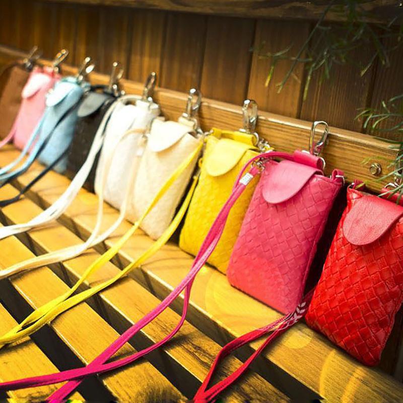 Min 2015 fashion knit accessories new latest model design pu leather women portrait hot sale mobile