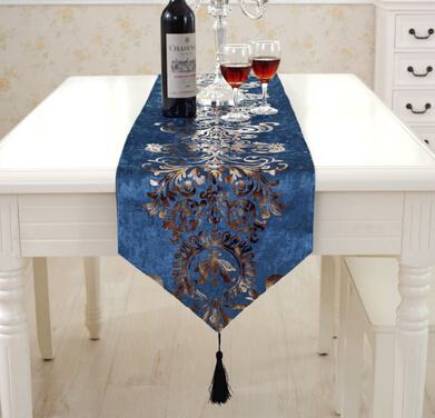 4 COLORS European Printed Table Runner knitted Table cloth Cloths mats for Wedding banquet living room Accessories textile(China (Mainland))