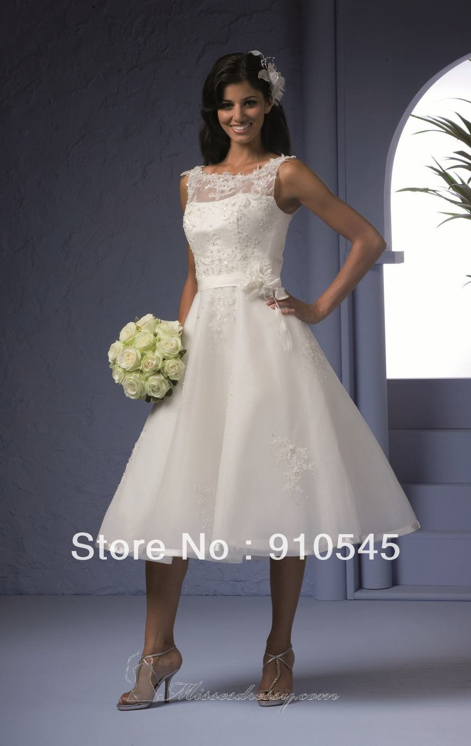 Hot Sell ! A-line Knee Lenght Sleeveless Fashion Short Bridal Dresses 2013 ,Informal Wedding Dress feature Flower on the Belt(China (Mainland))