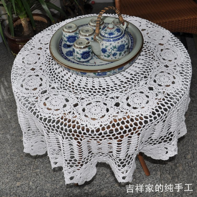Free shipping 2014 new design crochet lace tablecloth table cover for wedding dining table decoration cutout flowers cover(China (Mainland))