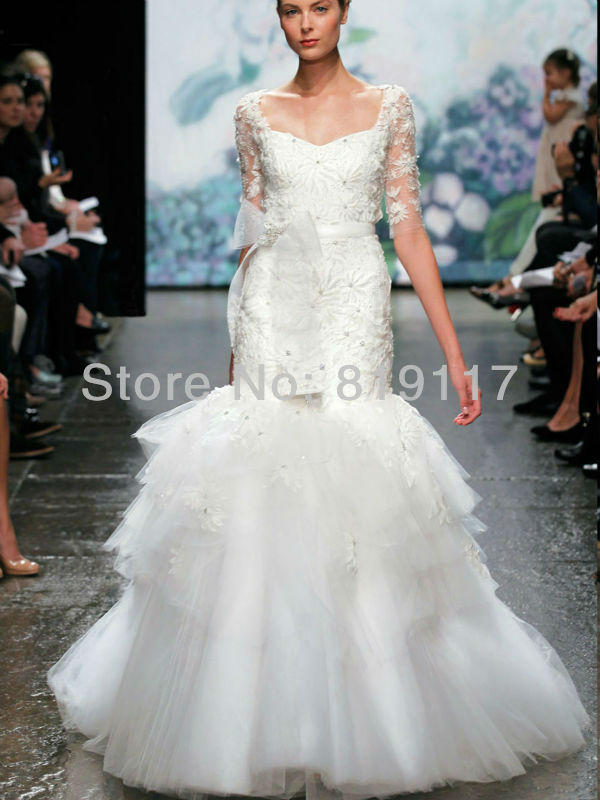 Lace wedding gown with keyhole back : Lace keyhole back wedding dress new arrival plus size bridal gown ball