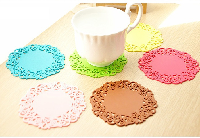5Pcs/Lot New Fashion Lovely Silicone Round Table Heat Resistant Mat Cup Coffee Coaster Cushion Placemat Pad Free Shipping #98031(China (Mainland))
